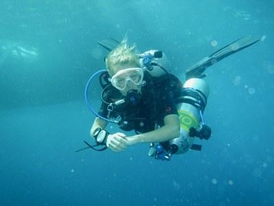 Angela Stevenson scuba diving